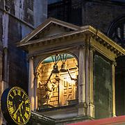 Un meraviglioso orologio in #FleetStreet la storica via dei giornali inglesi più importanti.<br /> <br /> A gorgeous clock ni #FleetStreet, the historical road where most British national newspapers operated here.<br /> <br /> #6d, #photooftheday #picoftheday #bestoftheday #instadaily #instagood #follow #followme #nofilter #everydayuk #canon #buenavistaphoto #photojournalism #flaviogilardoni <br /> <br /> #london #uk #greaterlondon #londoncity #centrallondon #cityoflondon #londontaxi #londonuk #visitlondon<br /> <br /> #photo #photography #photooftheday #photos #photographer #photograph #photoofday #streetphoto #photonews #amazingphoto #blackandwhitephoto #dailyphoto #funnyphoto #goodphoto #myphoto #photoftheday #photogalleries #photojournalist #photolibrary #photoreportage #pressphoto #stockphoto #todaysphoto #urbanphoto