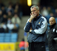 Fotball<br /> England 2004/2005<br /> Foto: SBI/Digitalsport<br /> NORWAY ONLY<br /> <br /> Millwall v West Ham United<br /> Coca Cola Championship. 21/11/2004.<br /> <br /> Alan Pardew has a lot to think about after his team lose to Millwall