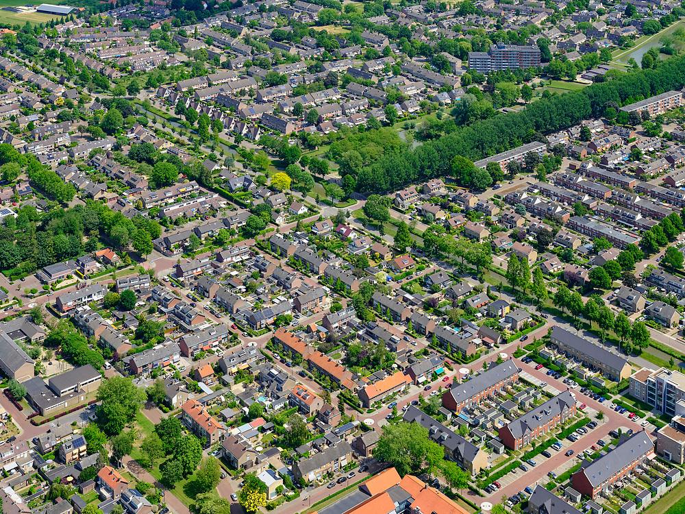 Nederland, Gelderland, Gemeente Culemborg, 27-05-2020; Oost Culemborg, nieuwbouwwijken De Hond, Terweijde<br /> Residential areas.<br /> <br /> luchtfoto (toeslag op standaard tarieven);<br /> aerial photo (additional fee required)<br /> copyright © 2020 foto/photo Siebe Swart