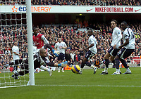 Photo: Olly Greenwood.<br />Arsenal v Tottenham Hotspur. The Barclays Premiership. 02/12/2006. Spurs Paul Robinson and the Tottenham defence watch as Arsenal's Robin Van Persie goes close with a free kick