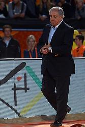20150705 NED: WK Beachvolleybal day 10, Den Haag<br /> Ceremonie FIVB President Dr. Ary S. Graca