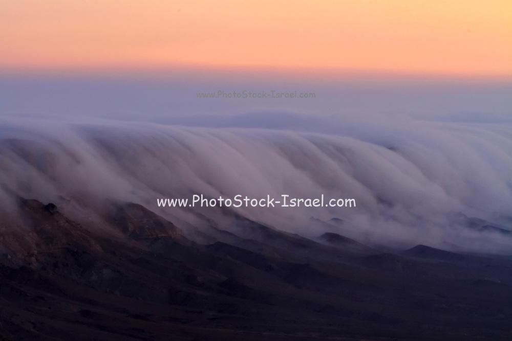 Israel, Negev Desert, fog at Mitzpe Ramon at dawn