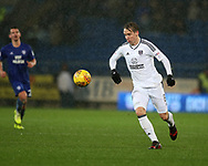 Stefan Johansen of Fulham in action. EFL Skybet championship match, Cardiff city v Fulham at the Cardiff city stadium in Cardiff, South Wales on Boxing Day, Tuesday 26th December 2017.<br /> pic by Andrew Orchard, Andrew Orchard sports photography.