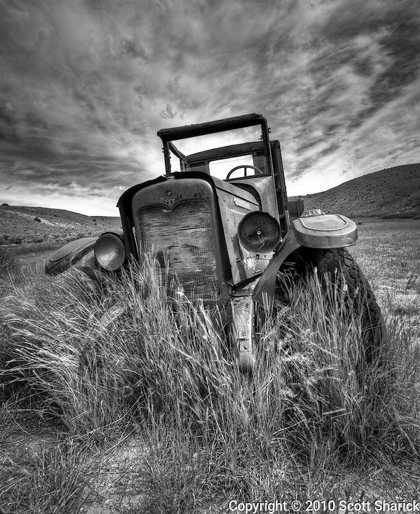 An HDR that I ran through Nik's Silver Efex. Taken in Bannack Ghost Town in southwestern Montana. Missoula Photographer, Missoula Photographers, Montana Pictures, Montana Photos, Photos of Montana