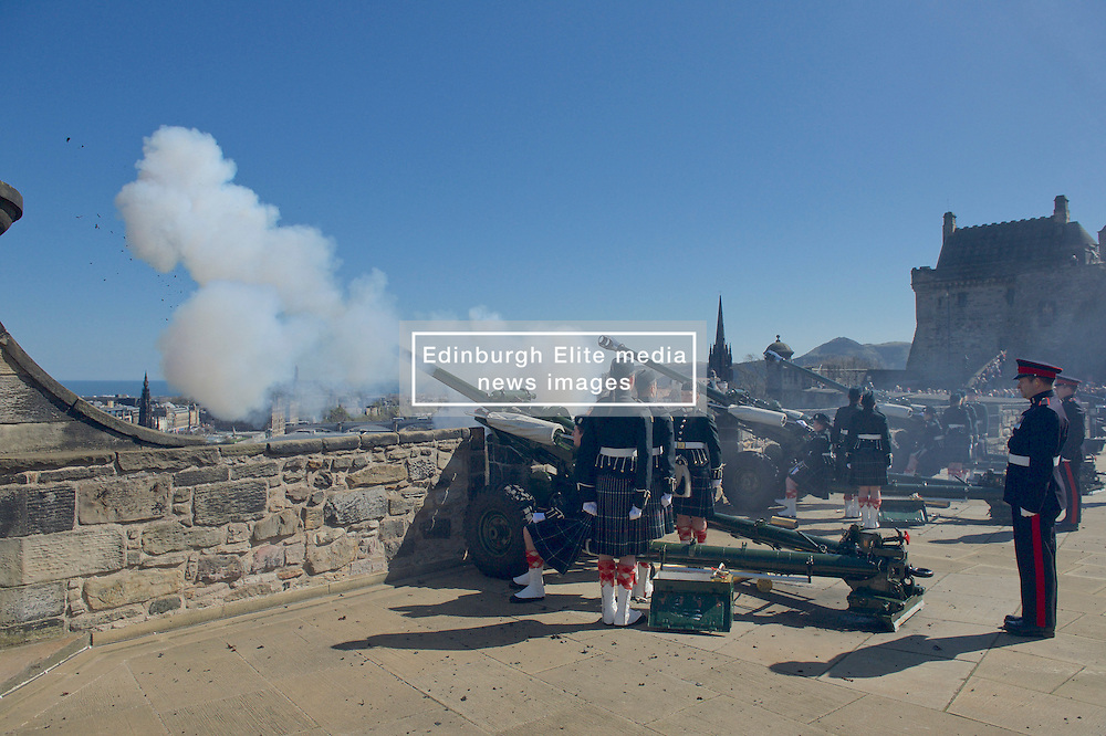 Officer Cadets from Glasgow and Strathclyde Universities<br /> Officer Training Corp (UOTC) carry out 21-gun royal salutes to mark Queen's 90th<br /> birthday. At Edinburgh Castle, <br /> (c) Brian Anderson   Edinburgh Elite media