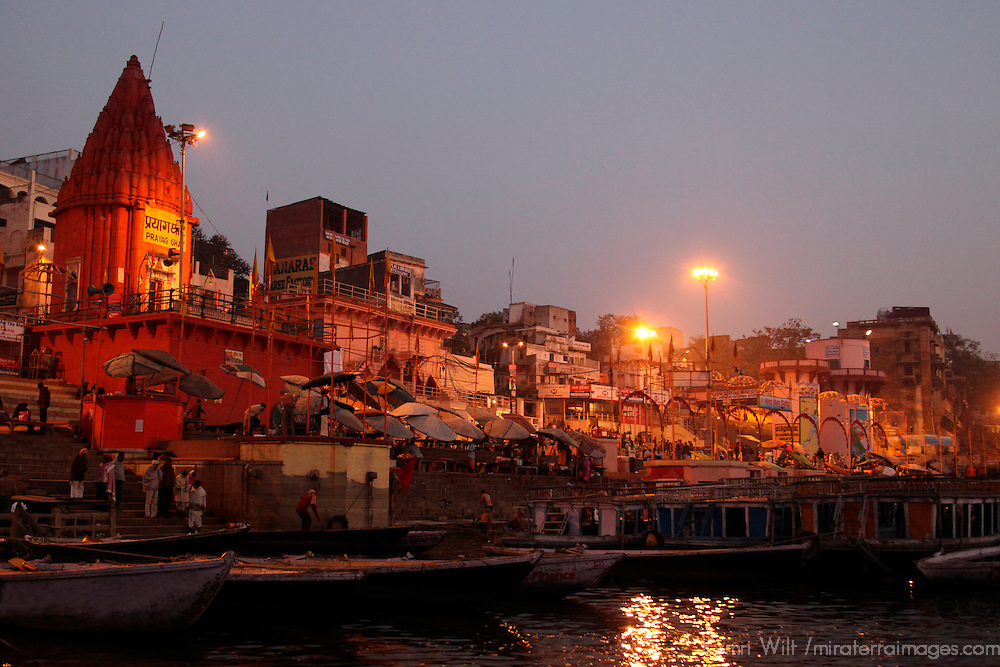 Asia, India, Varanasi.  Early morning life on the Ganges river banks of Varanasi.