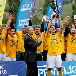 20100516: SLO, PrvaLiga, FC Koper National football Champion 2009-2010