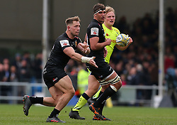 Exeter Chiefs' Sam Hill (left) releases the ball during the Aviva Premiership match at Sandy Park, Exeter. PRESS ASSOCIATION Photo. Picture date: Saturday April 28, 2018. See PA story RUGBYU Exeter. Photo credit should read: Mark Kerton/PA Wire. RESTRICTIONS: Editorial use only. No commercial use.