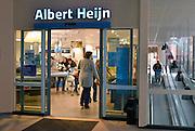 Nederland, the Netherlands, 5-12-2015In het centrum van Groesbeek is een nieuw filiaal van levensmiddelenbedrijf AlbertHeijn geopend.FOTO: FLIP FRANSSEN/ HH