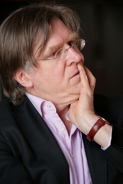 Arjo Klamer, professor of cultural economics at the Erasmus University // Arjo Klamer, hoogleraar in de economie van de kunst en cultuur aan de faculteit Kunst en Cultuurwetenschappen van de Erasmus Universiteit Rotterdam.