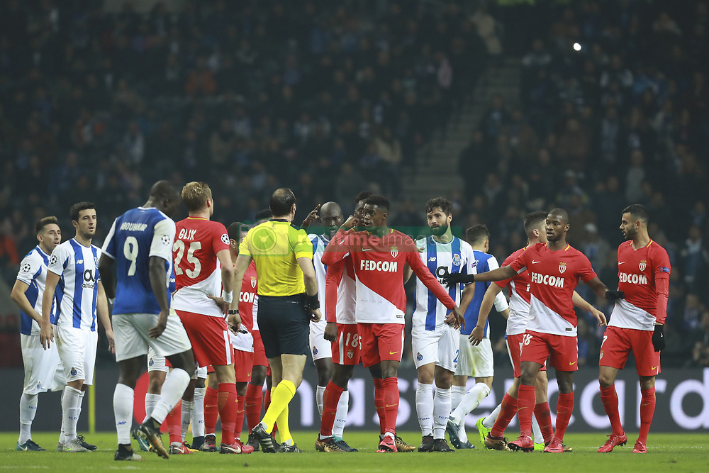December 6, 2017 - Na - Porto, 06/12/2017 - Football Club of Porto received, this evening, AS Monaco FC in the match of the 6th Match of Group G, Champions League 2017/18, in Estádio do Dragão. Confusion between Rachid Ghezzal; Felipe  (Credit Image: © Atlantico Press via ZUMA Wire)