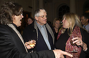 Philip Harris, David Hockney and Brenda Roberson. , Opening of an exhibition of watercolours by David Hockney. Midsummer: East Yorkshire 2004, Gilbert Collection. Somerset House. 16  November 2005 . ONE TIME USE ONLY - DO NOT ARCHIVE © Copyright Photograph by Dafydd Jones 66 Stockwell Park Rd. London SW9 0DA Tel 020 7733 0108 www.dafjones.com