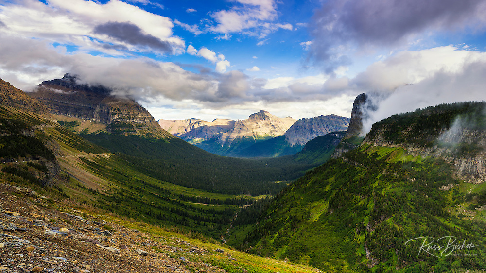 Going to the Sun Highway from Logan Pass, Glacier National Park, Montana