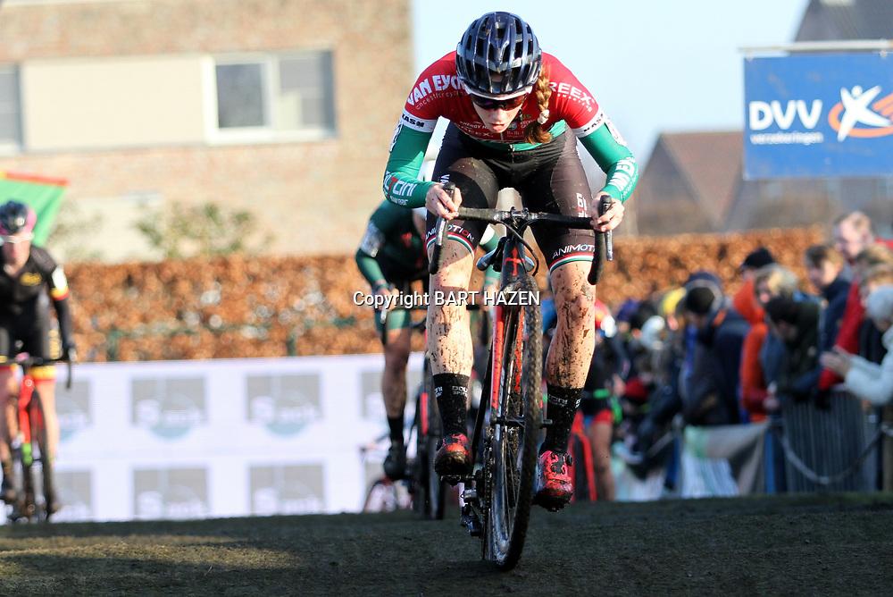27-12-2019: Wielrennen: DVV veldrijden: Loenhout: Blanka Vas