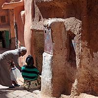 Africa, Morocco, Ouarzazate. Street scene of Ouarzazate.