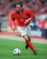 Nick Barmby (England). England 0:1 Germany, FIFA World Cup 2002 Qualifier Group Nine, Wembley Stadium, 7/10/2000. Credit: Colorsport / Stuart MacFarlane.