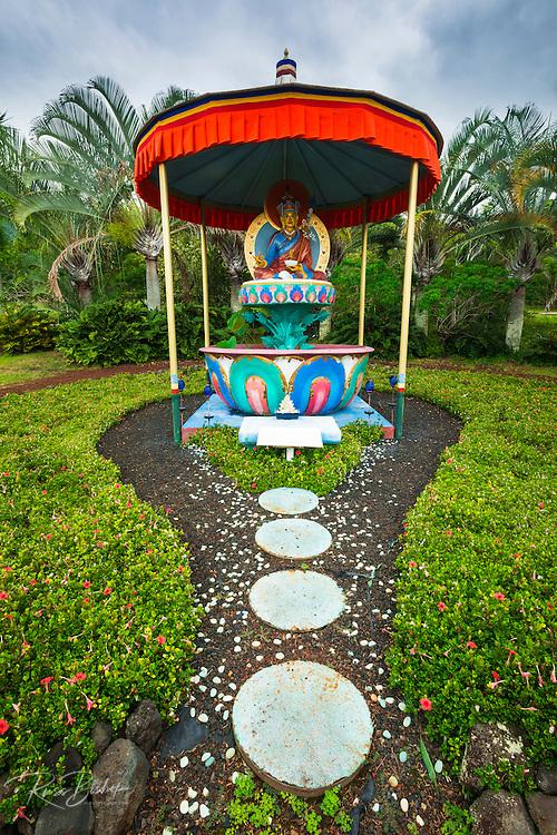 Padmasambhava (Buddhist) shrine, Paleaku Gardens Peace Sanctuary, Kona Coast, The Big Island, Hawaii USA