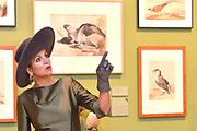 Koningin Maxima verricht in de Augustijnenkerk de opening van de tentoonstelling Een Koninklijk Paradijs - Aert Schouman en de verbeelding van de natuur in het Dordrechts Museum.<br /> <br /> Queen Maxima performed in the Augustinian Church, the opening of the exhibition A Royal Paradise - Aert Schouman and imagination of nature in the Dordrecht Museum.<br /> <br /> op de foto / On the photo:  Koningin Maxima krijgt een rondleiding door het Dordrechts Museum /// Queen Maxima gets a tour of the Dordrecht Museum
