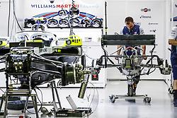 September 14, 2018 - Singapore, Singapore - Motorsports: FIA Formula One World Championship 2018, Grand Prix of Singapore, .Mechanics working on the Williams F1 Mercedes FW41  (Credit Image: © Hoch Zwei via ZUMA Wire)