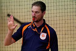 04-01-2020 NED: NK Beach volleyball Indoor, Aalsmeer<br /> Referee Bas van der Meijden