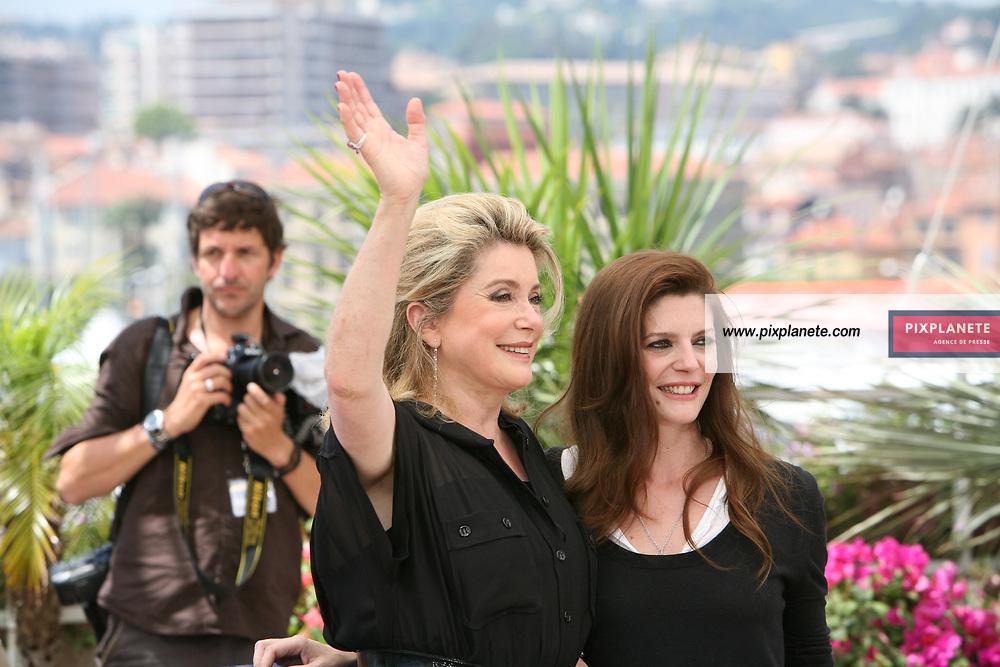 Catherine Deneuve - Chiara Mastroianni - Festival de Cannes - Photocall Persepolis - 23/05/2007 - JSB / PixPlanete