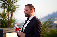 Yorgos Lanthimos, winner of the award for Best Screenplay for the film The Killing of a Sacred Deer, at the Award Winner's Photocall at the 70th Cannes Film Festival Saturday 27th May 2017, Cannes, France. Photo credit: Doreen Kennedy