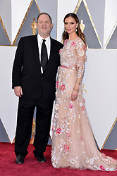 (L-R) Harvey Weinstein and Georgina Chapman attend the 88th Academy Awards in Los Angeles, CA, USA, February 28, 2016. Photo by Lionel Hahn/ABACAPRESS.COM  | 536671_048 Los Angeles Etats-Unis United States