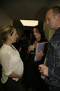 Sam Taylor Wood, Trisha Simonon and Johnnie Shand Kydd , Johnnie Shand Kydd:  book launch party celebrate the publication of Crash.White Cube. Hoxton sq. London. 18 September 2006. ONE TIME USE ONLY - DO NOT ARCHIVE  © Copyright Photograph by Dafydd Jones 66 Stockwell Park Rd. London SW9 0DA Tel 020 7733 0108 www.dafjones.com