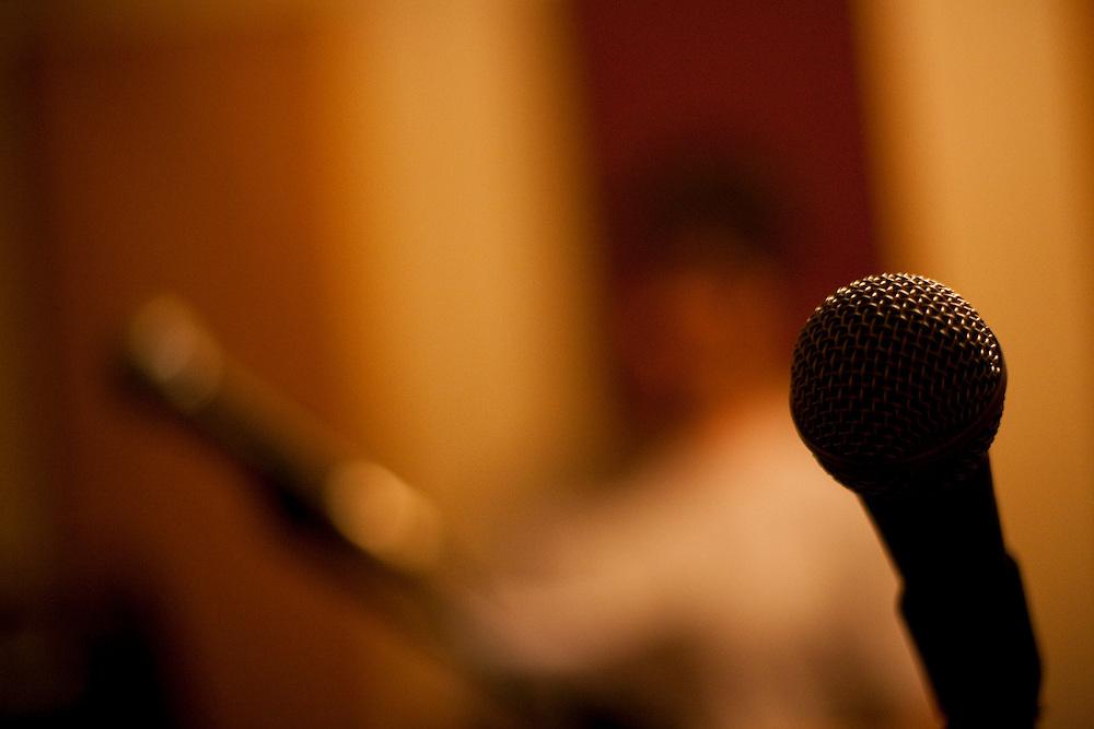 Belo Horizonte_MG, Brasil...Ensaio da banda Coracoes Dilacerados no Estudio Geleia. Na foto um microfone...The rehearsal of the Coracoes Dilacerados band in the Geleia studio. In this photo a microphone...Foto: LEO DRUMOND / NITRO.