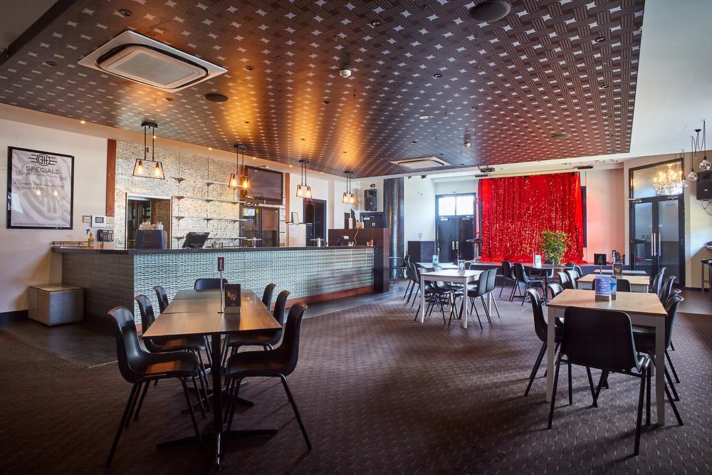 Greyhound Hotel, St Kilda, 2017