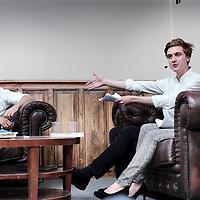 """Nederland, Amsterdam, 1 juli 2015.<br /> College met Joris luijendijk omtrent zijn laatste boek """"Dit kan niet waar zijn-onder bankiers aan de UvA in de Roeterstraat.<br /> <br /> <br /> Foto: Jean-Pierre Jans"""