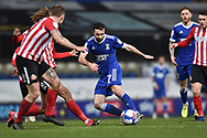 Sunderland midfielder Chris Maguire (7) shoots towards the goal during the EFL Sky Bet League 1 match between Ipswich Town and Sunderland at Portman Road, Ipswich, England on 26 January 2021.