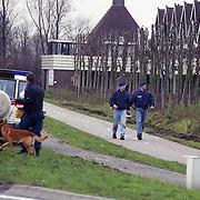 NLD/Mijdrecht/19921204 - Arrestatie bankovervallers na schietpartij motel Vinkeveen met gevolg een dode politieman