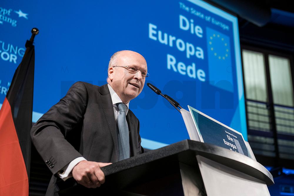 09 NOV 2018, BERLIN/GERMANY:<br /> Prof. Dr. Koen Lenaerts, Praesident des Europaeischen Gerichtshofs, haelt die Europa-Rede, eine jaehrlich wiederkehrende Stellungnahme der hoechsten Repraesentanten der Europaeischen Union zur Idee und zur Lage Europas, organisiert von der Konrad-Adenauer-Stiftung, der Stiftung Zukunft Berlin, der Schwarzkopf Stiftung Junges Europa sowie der Stiftung Mercator, Allianz Forum<br /> IMAGE: 20181109-01-069