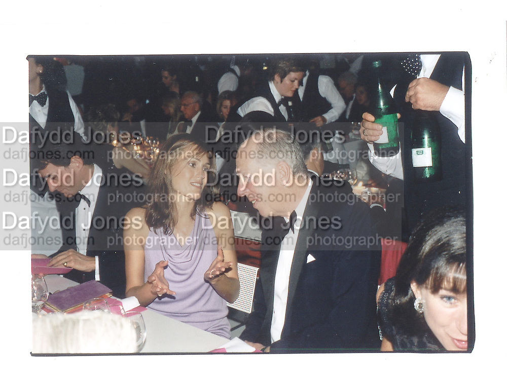 Jacob Rothschild and Yasmin LeBon, Serpentine 30th anniversary Gala, 20th June 2000 in a sculpture tent on the Serpentine gallery lawn© Copyright Photograph by Dafydd Jones 66 Stockwell Park Rd. London SW9 0DA Tel 020 7733 0108 www.dafjones.com