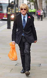 © Licensed to London News Pictures. 02/11/2017. London, UK. MICHAEL FABRICANT MP seen in Westminster on November 2, 2017. Photo credit: London News Pictures