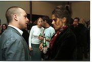 Steve Shave and Tracey Emin. Abigail Lane, Tomorrows World, Yesterdays Fever. Victoria Miro and Great Eastern Rooms. 3 October 2001. © Copyright Photograph by Dafydd Jones 66 Stockwell Park Rd. London SW9 0DA Tel 020 7733 0108 www.dafjones.com