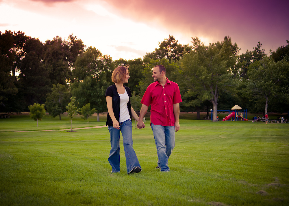 Engagement photos of Lainie Rosenthal and Jonathan Kirsch