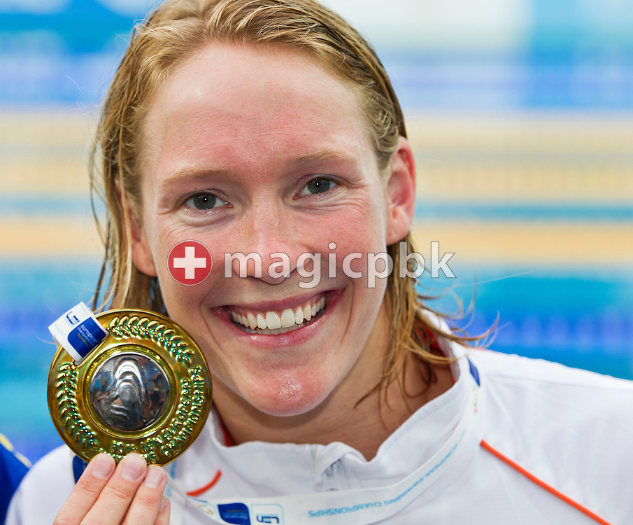 Hinkelien SCHREUDER of the Netherlands poses with her Silver medal after finishing second in the women's 50m Freestyle Final at the European Swimming Championship at the Hajos Alfred Swimming complex in Budapest, Hungary, Sunday, Aug. 15, 2010. (Photo by Patrick B. Kraemer / MAGICPBK)
