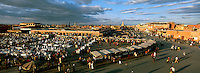 Maroc, Marrakech, Place Jeema El Fna // Jemâa el Fna square, Marrakech, Morocco
