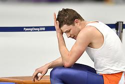 14-02-2018 SCHAATSEN: OLYMPISCHE SPELEN: OLYMPIC GAMES: PYEONGCHANG 2018<br /> Sven Kramer (Team Lottonl-Jumbo) zit er verslagen bij na zijn 10.000 meter<br /> Foto: Sander Chamid
