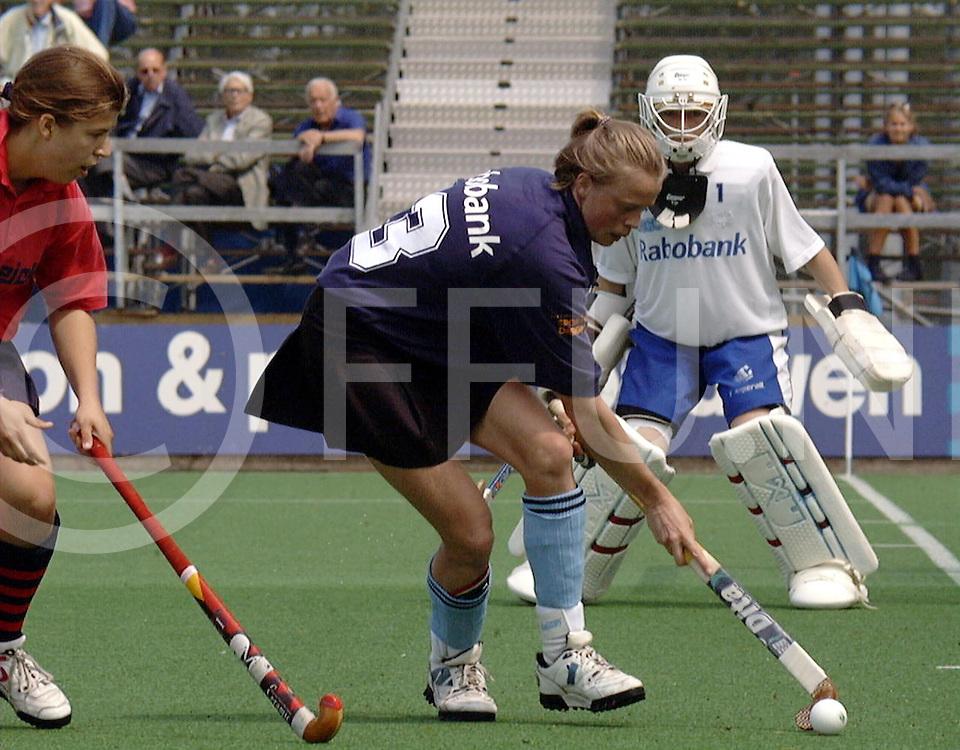 051897 wassenaar nederland europacup hochey finlae<br />hgc dames hc berlin<br /><br />foto frank uijlenbroek©1997