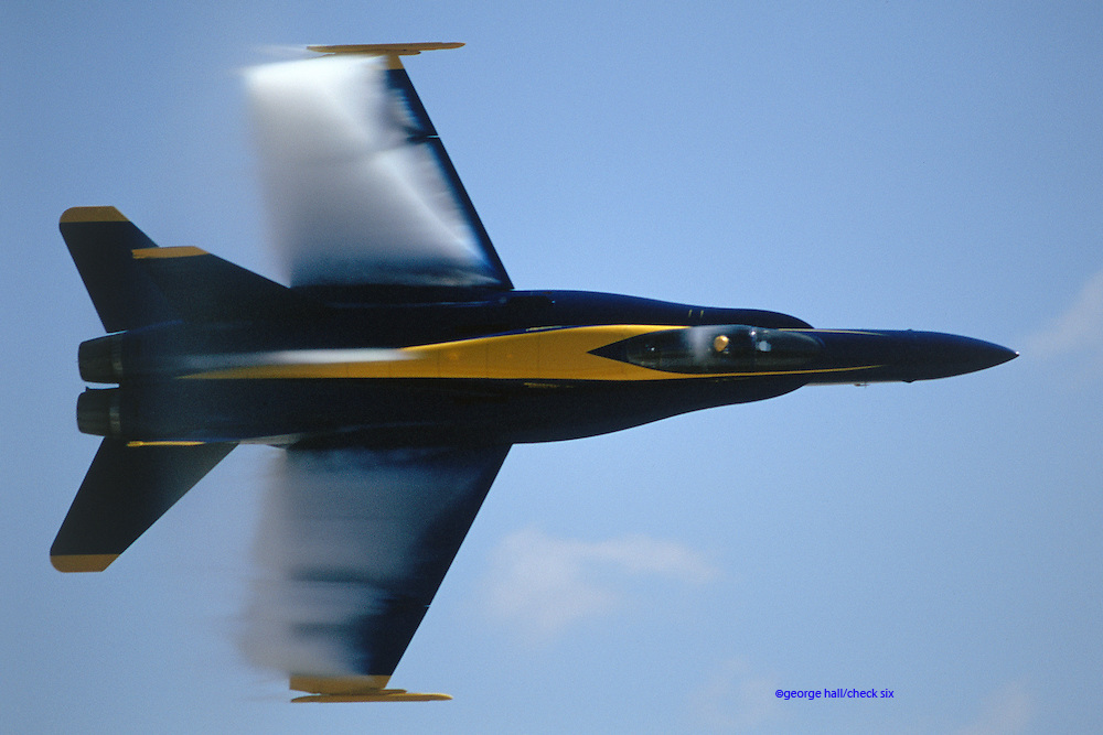Blue Angels solo in F/A-18A Hornet