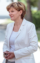 06.05.2018, Innsbruck, AUT, Bürgermeisterstichwahl Innsbruck, Stimmabgabe, im Bild Christine Oppitz-Plörer (FI) // during the mayoral stitch election in Innsbruck, Austria on 2018/05/06. EXPA Pictures © 2018, PhotoCredit: EXPA/ Eibner-Pressefoto/ Johann Groder<br /> <br /> *****ATTENTION - OUT of GER*****