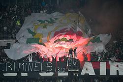 October 21, 2018 - Nice, France - ILLUSTRATION - SUPPORTERS - BANDEROLE - FUMIGENES (Credit Image: © Panoramic via ZUMA Press)