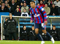 Photograph: Scott Heavey.<br />Crystal Palace v Nottingham Forest. Nationeide Division One. 13/12/2003.<br />Kit Symons watches Julian Gray on his return from Cardiff