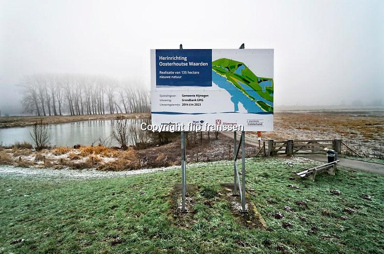 Nederland, Nijmegen, 31-1-2019Staatsbosbeheer en rijkswaterstaat  leggen natuurgebieden aan in de uiterwaarden van de grote rivieren . Herinrichting Oosterhoutse waarden bij Oosterhout . Natuurnetwerk, rivierprojecten, natuurontwikkeling in de uiterwaarden en rivierverruimende projecten voor een betere afvoer van het water . Ruimte voor de rivier . Uitgevoerd in opdracht van de gemeente Nijmegen door Grondbank GMG .Foto: Flip Franssen