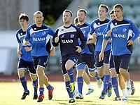 Fotball<br /> Trening Island<br /> Nadderud Stadion<br /> 30.08.2011<br /> Foto: Morten Olsen, Digitalsport<br /> <br /> Veigar Pall Gunnarsson (dark blue)<br /> Steinthor Thorsteinsson ? (2L)