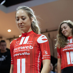10-12-2019: Wielrennen: Teampresentatie Sunweb: Amsterdam: Leah Kirchmann