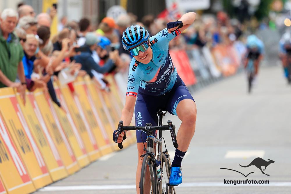 Vita Heine vant damenes fellestart under NM på sykkel 2021 i Kristiansand.